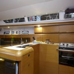Jeanneau 439 Kitchen