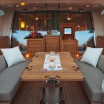 Palmer Johnson 120 Dining Saloon