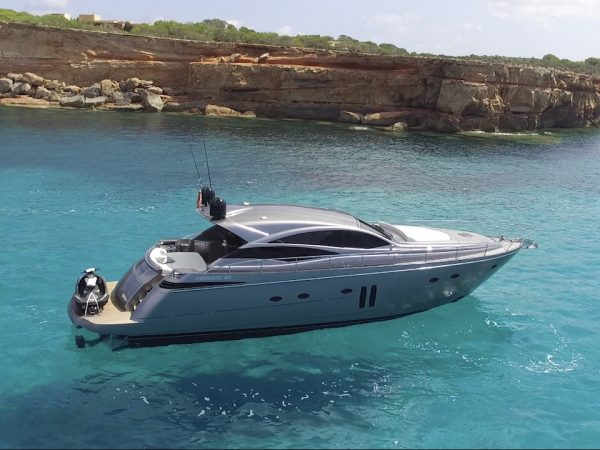 Pershing 62 Bluemarine 1