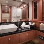 Sunseeker 27 Bathroom